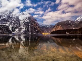 Pohled na jezero Hallstatt